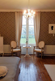 Chambre Melrose met boxspring Loire valley Bed and Breakfast Kasteel B&B France