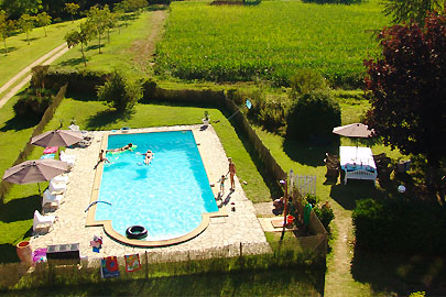 Swimming pool Loire B&B chateau La Mothaye Bed and Breakfast