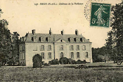 Old postcard Chateau la Mothaye gite vakantiehuis self catering cottage Loire France